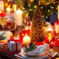 Jak udekoruj świąteczny stół na nowy rok